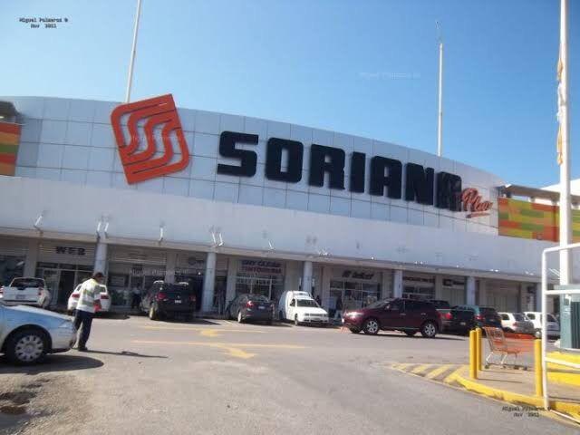 Despojan a un hombre de 50 mil pesos, afuera de sucursal bancaria de Culiacán