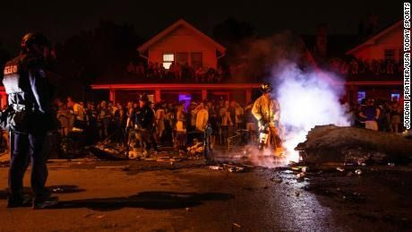 Lexington arrests 500 students for being too hype after the Kentucky football win